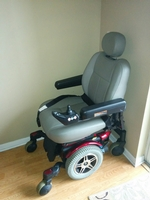 Used- <i>Like New</i> Pride Jazzy 600 Electric Wheelchair Like New